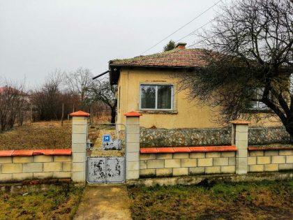 3 Zimmer einstöckiges Haus nur 8 km zur Küstenstadt Balchik