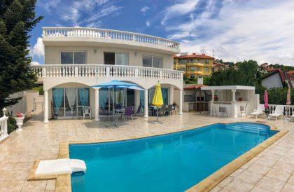 * Verkauft * Meerblick Villa mit Pool zu verkaufen in Baltschik