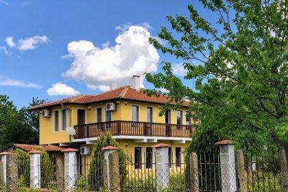Schöne 4-Zimmer 2-Bade  Haus mit herrlichem Blick auf die Landschaft, in ausgezeichnetem Dorf bei Balchik