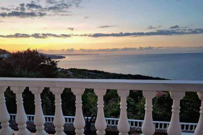 Villa mit atemberaubendem Panoramablick aufs Meer – 4 Zimmer, 2 Badezimmer, voll möbliert, große Panoramaterrassen