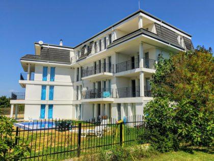 15 Einheiten Mehrfamilienhaus mit Meerblick & Pool in Bjala, Varna