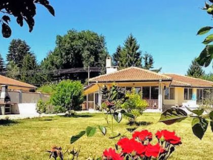 3 Zimmer Haus mit Pool mit ummauertem 935qm Garten in der Nähe von Balchik