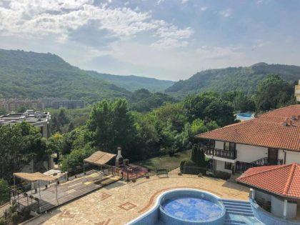 Angebot: Ausgezeichnete 2-Bett 2-Bade-Wohnung zum Verkauf in Kavarna Paradise, 300m vom Strand entfernt