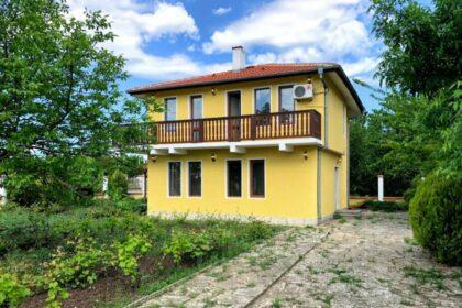 Wunderschönes 4-Zimmer-Haus in schönem Dorf an der Küste & mit schöner Aussicht auf die Landschaft