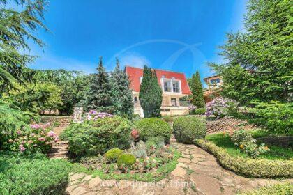 Hervorragendes Anwesen mit Meerblick bei Albena  * Verkauft *