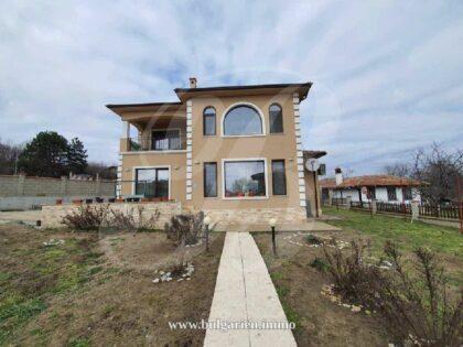 4-Zimmer-Haus in einem schönen Küstendorf bei Varna