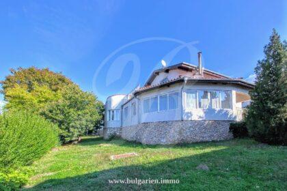 So viel Wert: 5-Zimmer-Haus mit Blick in der Nähe von Albena & Goldstrand