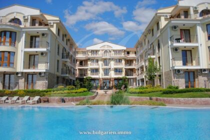 Große 2-Zimmer-Wohnung in der Royal Bay Residence – direkt am Strand