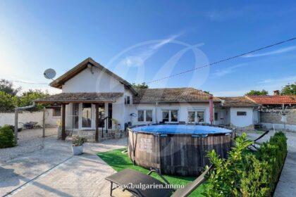 Schönes einstöckiges Haus in Pliska, 40min von Varna entfernt  * Verkauft *