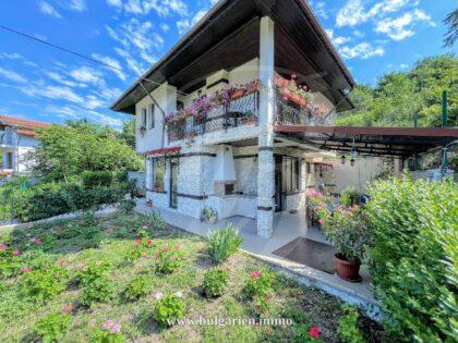 4-Zimmer-Villa mit weitem Meerblick in Balchik