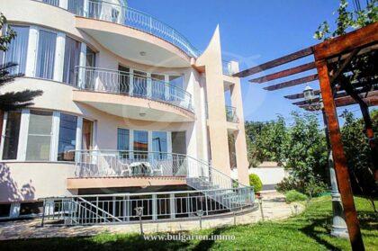 8-Zim Haus mit Meerblick in Varna – in der Nähe des Strandes in Sweti Constantine